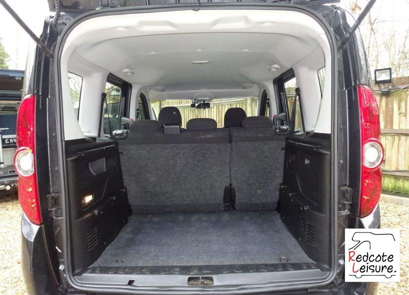 2011 Fiat Doblo Eleganza Micro Camper (10)