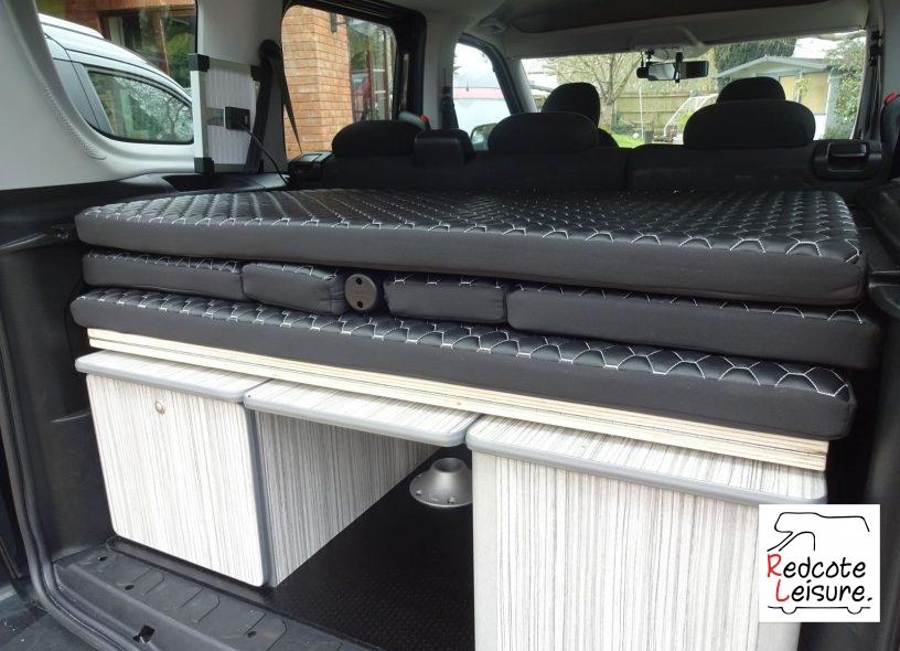 2011 Fiat Doblo Eleganza Micro Camper (4)