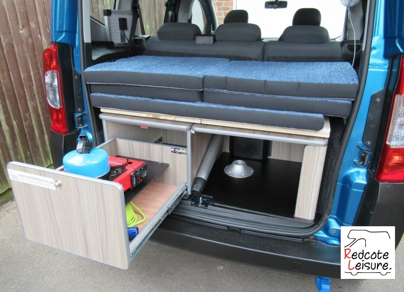 2011 Peugeot Bipper Tepee outdoor HDI Micro Camper (23)