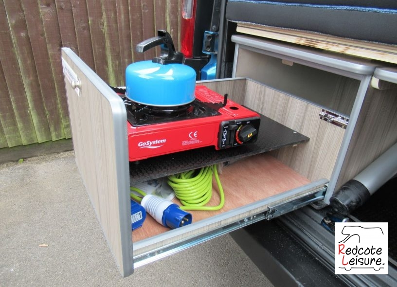 2011 Peugeot Bipper Tepee outdoor HDI Micro Camper (25)