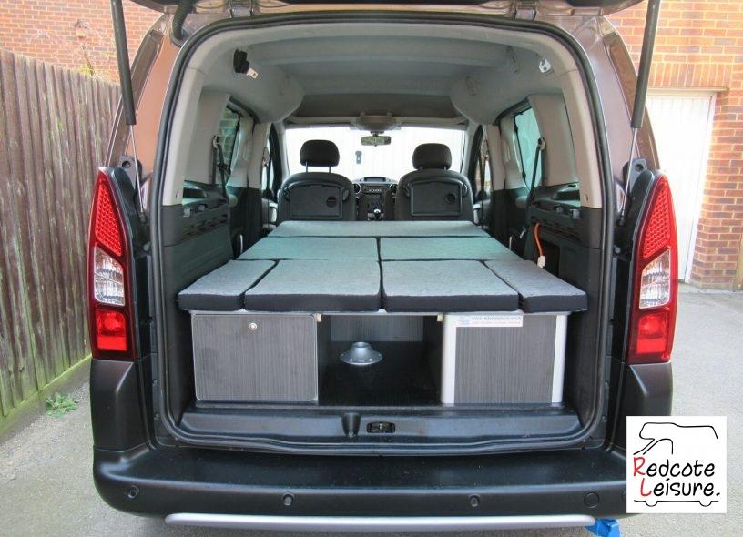 2014 Peugeot Partner Outdoor Micro Camper (30)