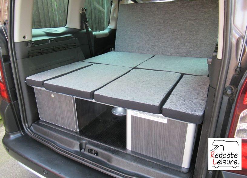 2014 Peugeot Partner Outdoor Micro Camper (32)