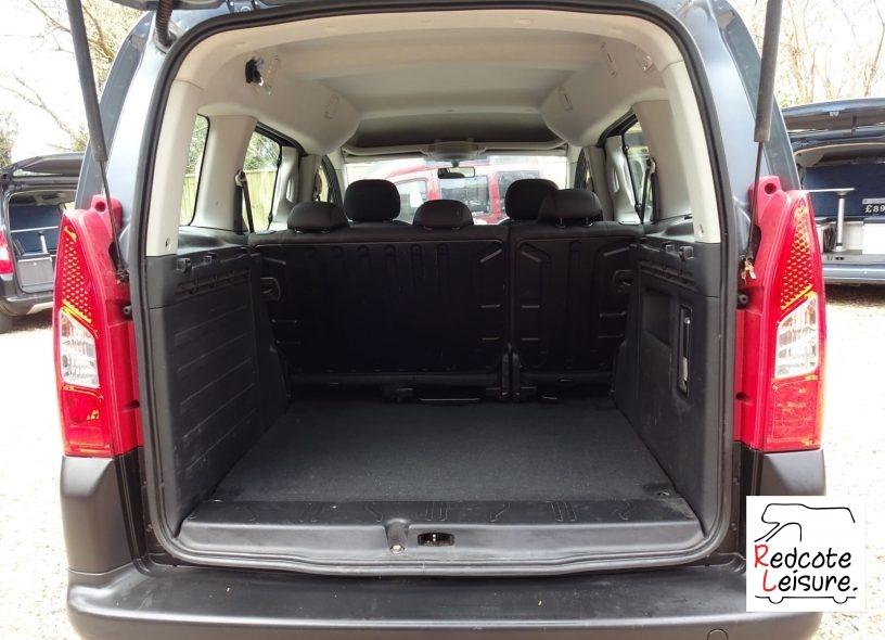 2012 Peugeot Partner Outdoor (11)