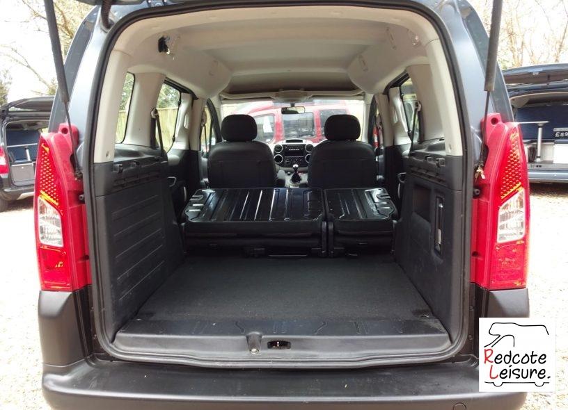2012 Peugeot Partner Outdoor (12)