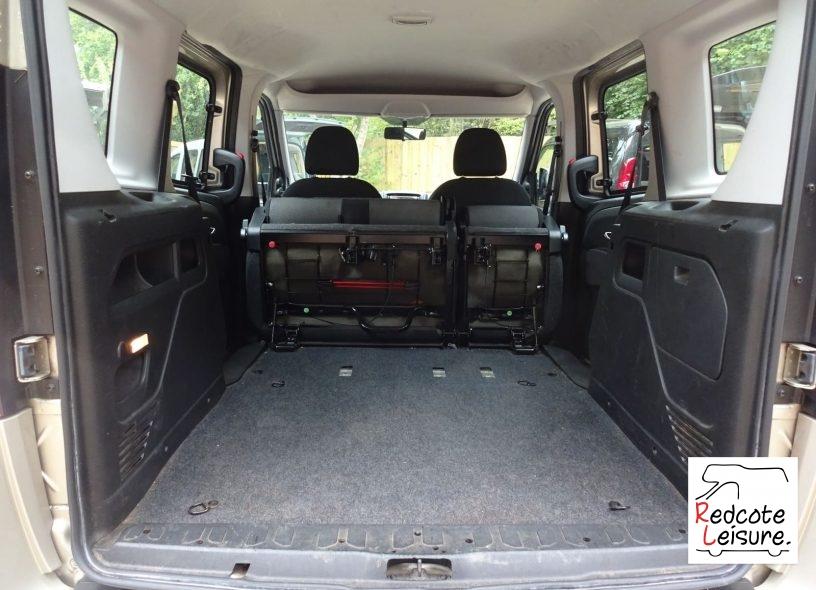 2012 Fiat Doblo Active Micro Camper (11)