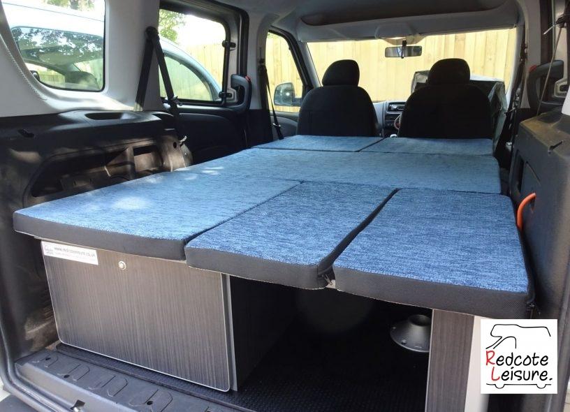 2012 Fiat Doblo Active Micro Camper (29)
