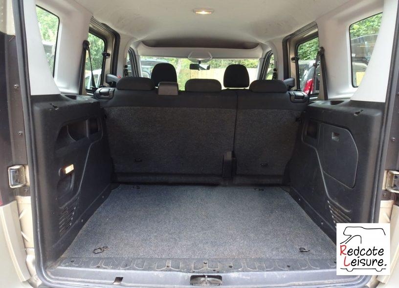 2012 Fiat Doblo Active Micro Camper (9)